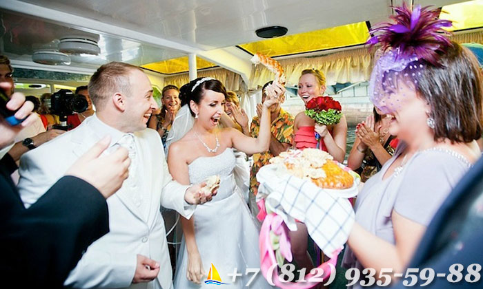 Свадьба на теплоходе спб недорого