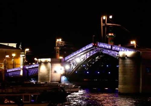 Второй сезон «Поющих мостов» Петербурга официально завершен