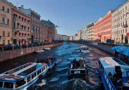 Реки и каналы закроют на июнь